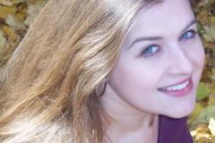 Rhode-Alissa-headshot-portrait-crop
