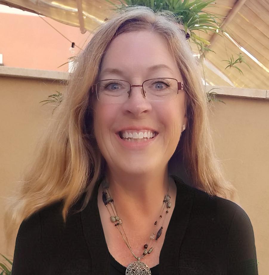 Christine Salmon headshot